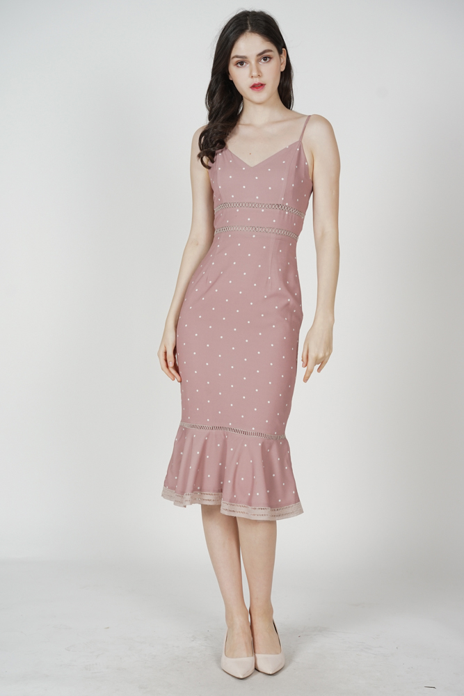 Kyrina Ruffled-Hem Dress in Mauve Polka Dots
