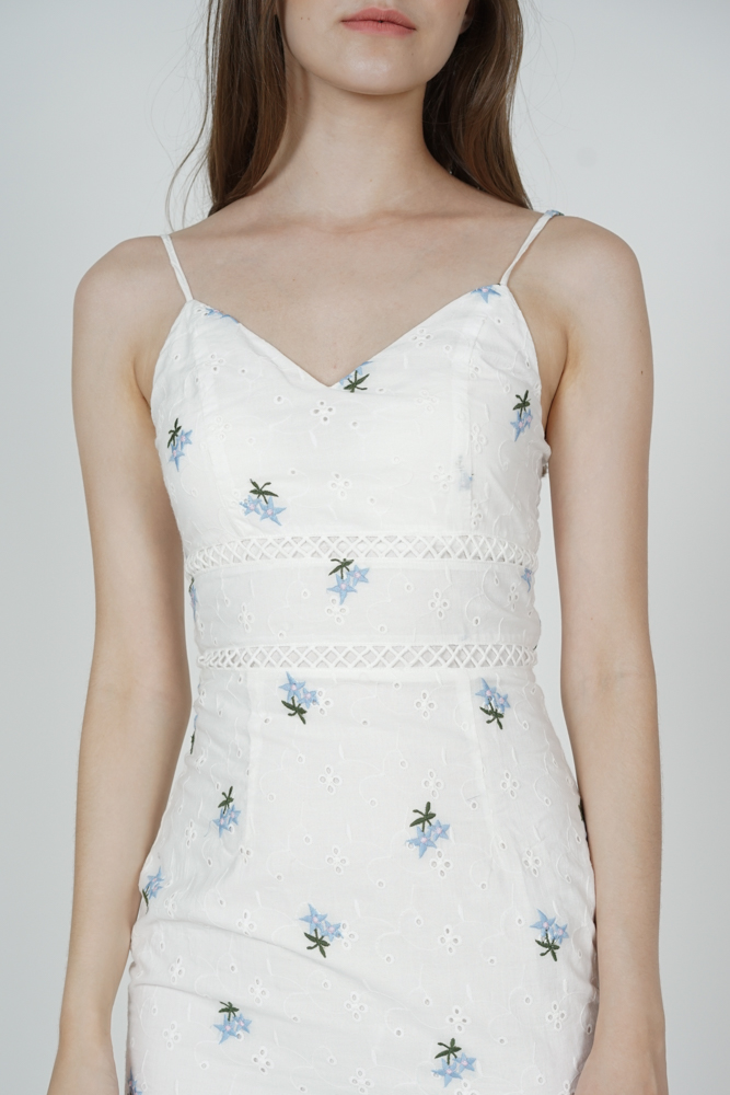 Kyrina Ruffled-Hem Dress in White Floral - Arriving Soon