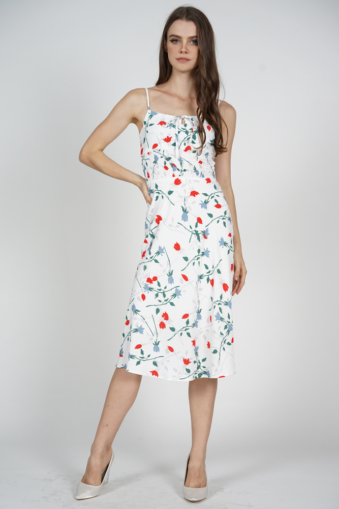 Eve Front Tie Dress in White Floral
