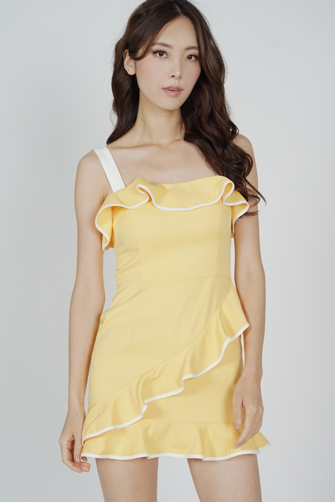 Maddie Contrast Ruffled Dress in Mustard