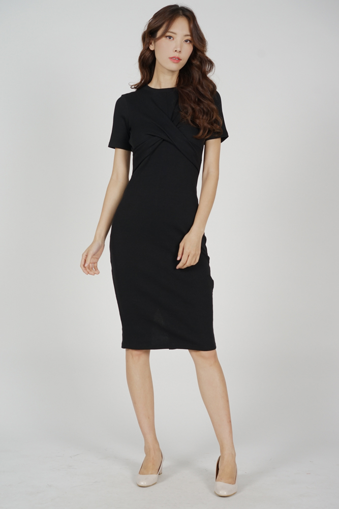 Lesner Criss Cross Dress in Black