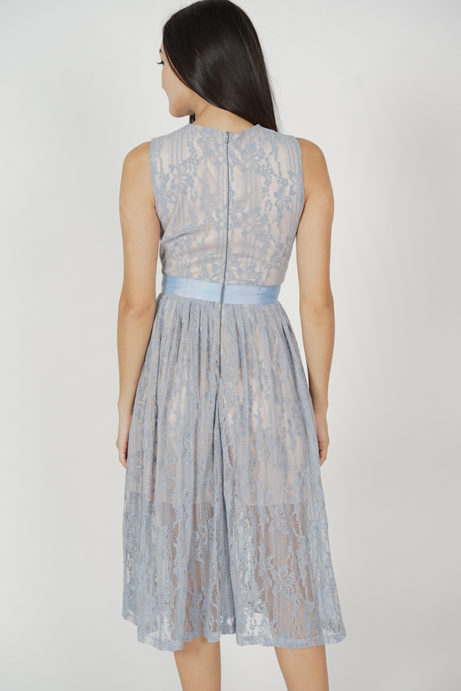 Pora Gathered Lace Dress in Ash Blue