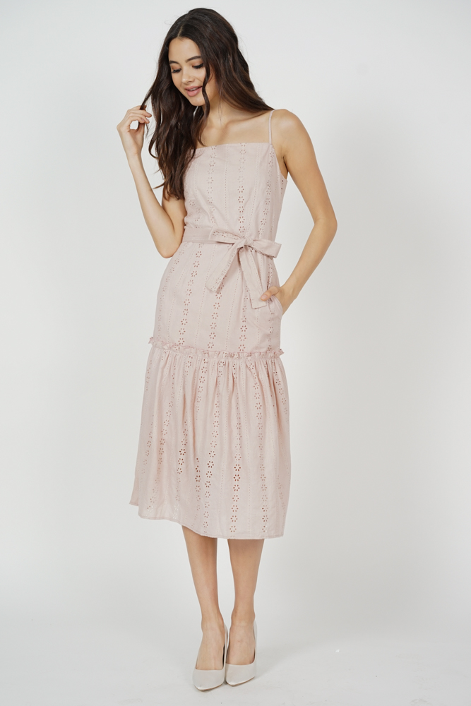 Kenny Eyelet Dress in Pink