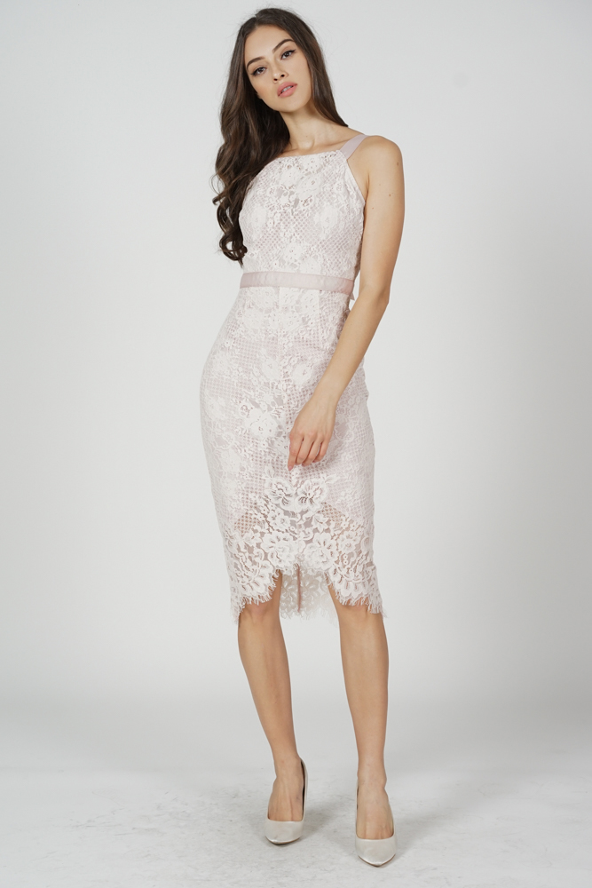 Bridget Lace Dress in Dusty Pink