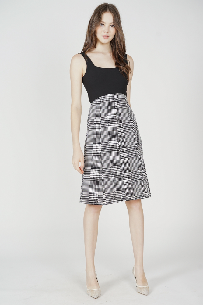 Kasin Contrast Dress in Black Houndstooth - Arriving Soon
