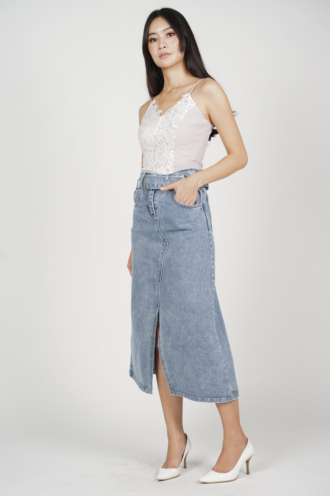 Jenis Front Slit Denim Skirt in Blue