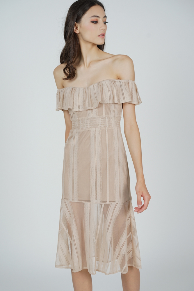 Helzia Lace Dress in Nude
