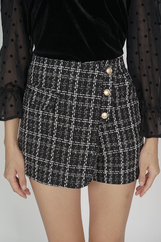 Deisha Shorts in Black - Online Exclusive