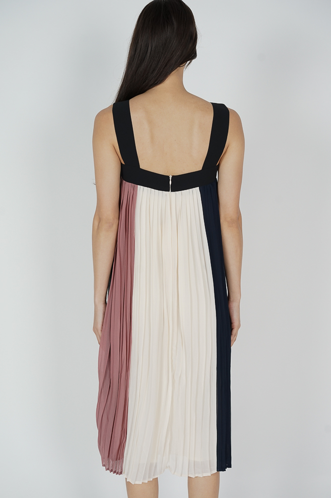 Lorene Color-Block Pleated Dress in Midnight - Arriving Soon