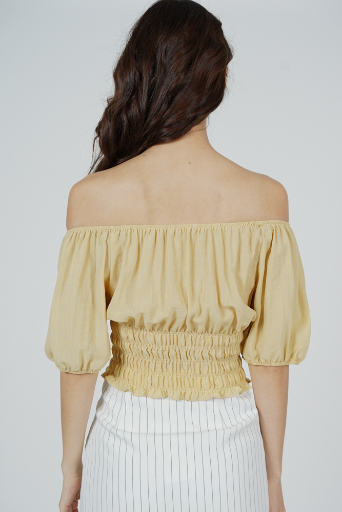 Quera Puffy Top in Yellow - Online Exclusive
