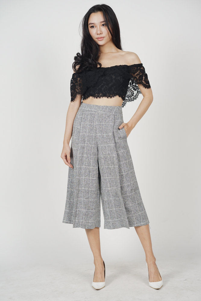 Eavan Pleated Culottes in Black Tweed