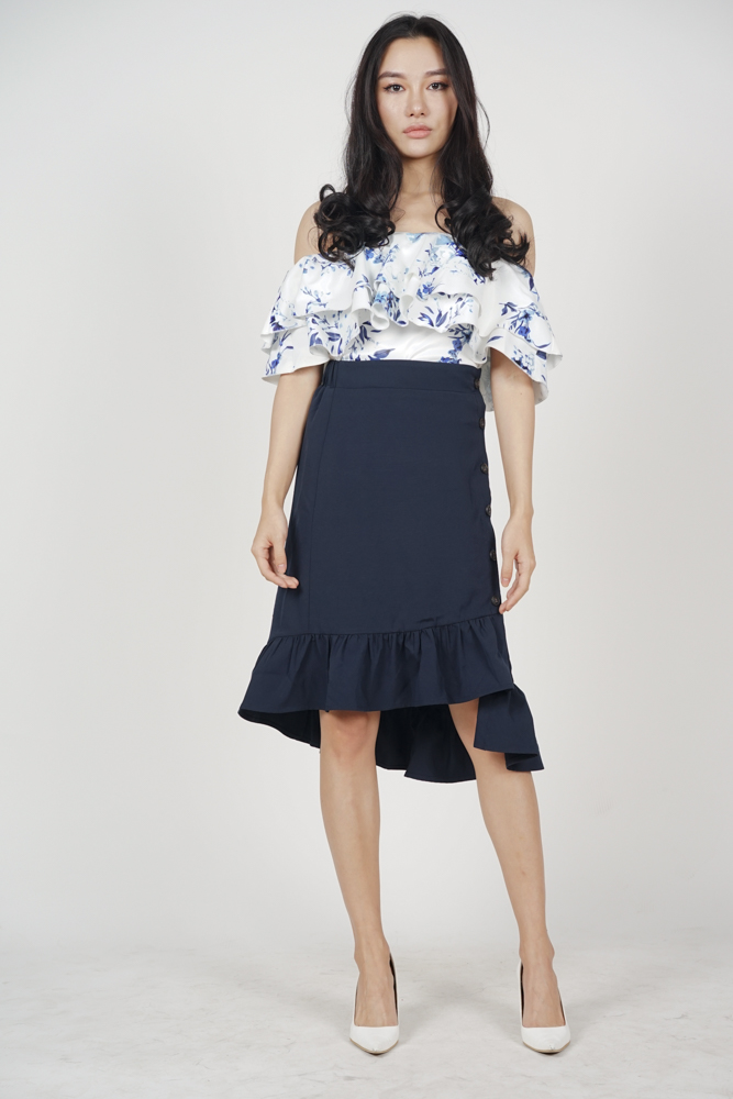 Chelsea Buttoned Skirt in Midnight