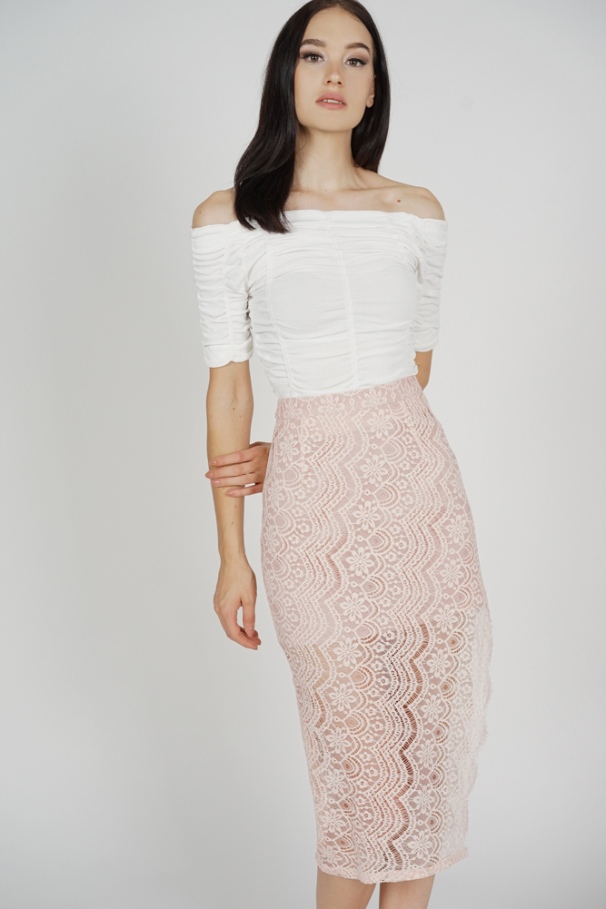Dorcia Lace Skirt in Pink