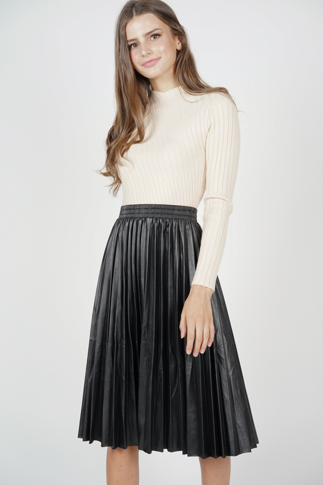 Dorna Pleated Skirt in Black - Online Exclusive