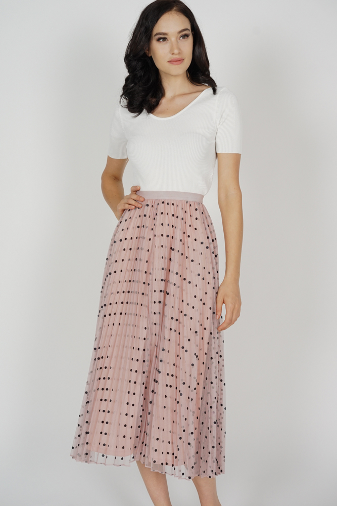 Hazleen Pleated Skirt in Pink Polka Dots