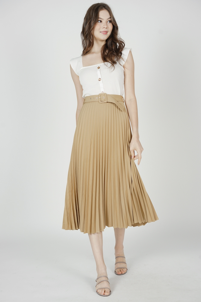Cairis Pleated Skirt in Beige