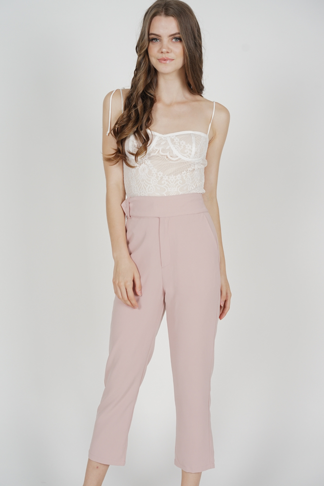 Gretchen Straight Pants in Pink