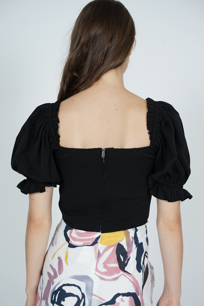 Maiyna Gathered Front Top in Black
