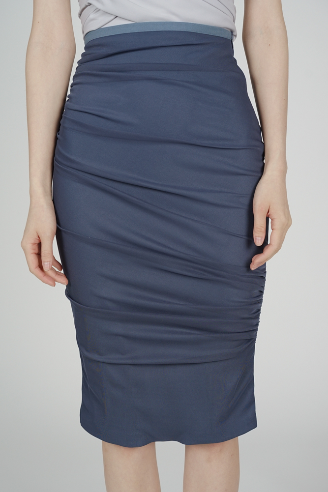 Meldis Ruched Skirt in Navy