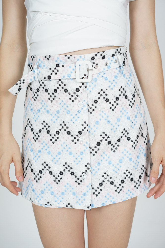 Riani Buckled Skorts in Blue Multi