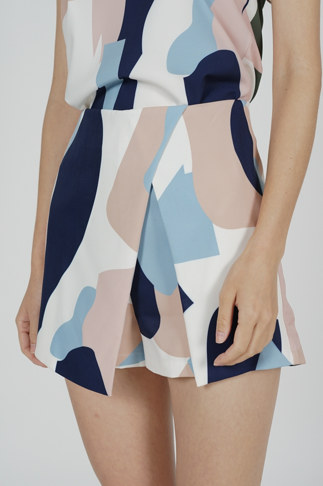 Ditsy Cutout Skorts in Blue Abstract