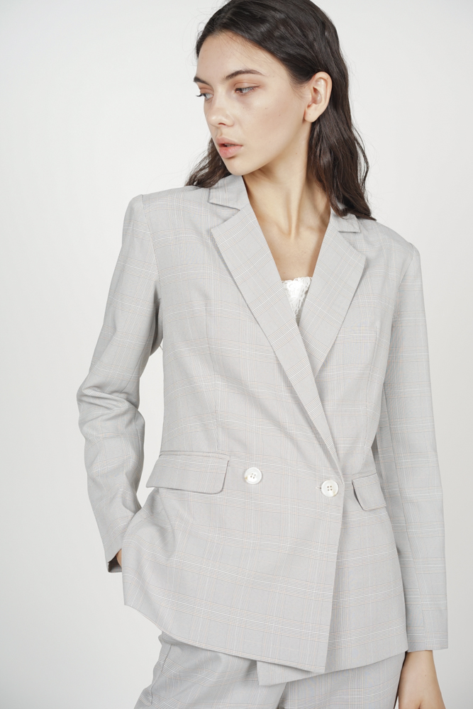 Contemporary Buttoned Blazer in Light Grey