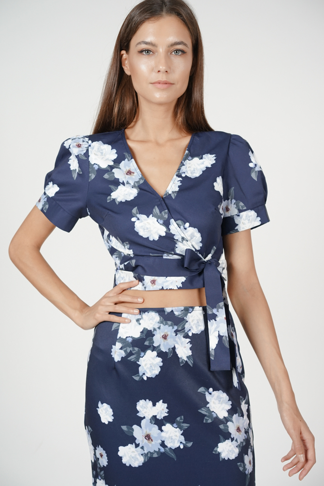 Kalina Floral Top in Navy