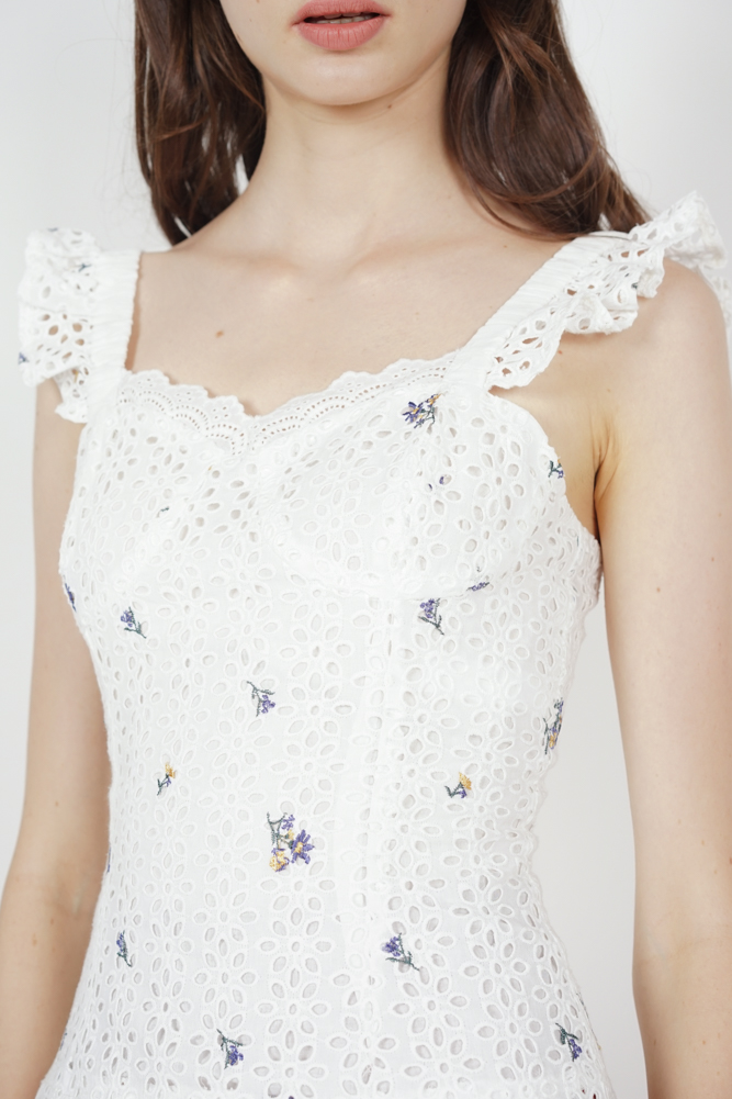 Berit Frilly Top in White Floral