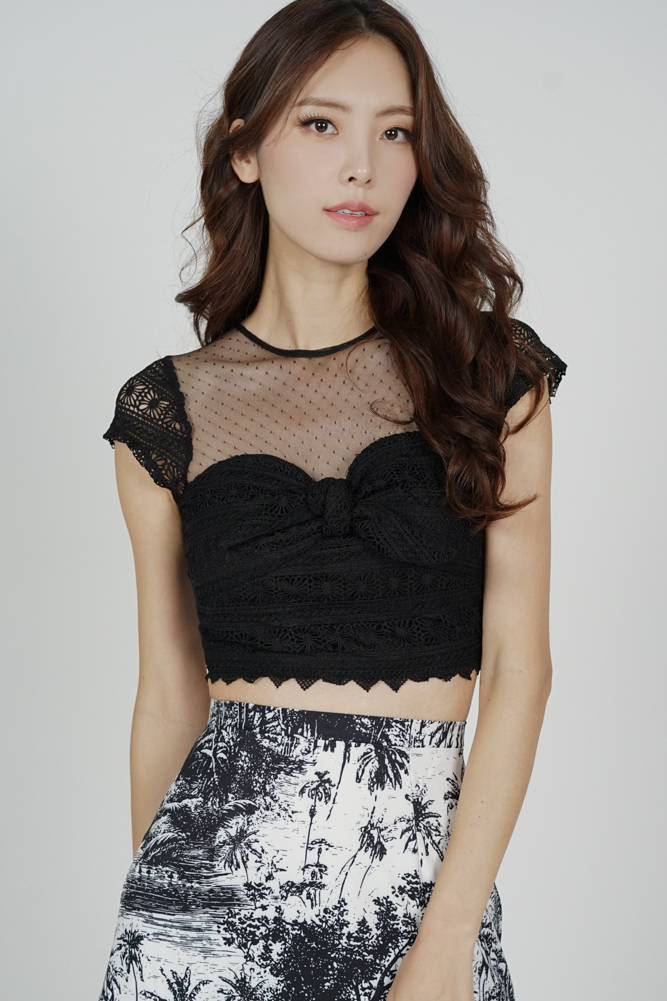 Titania Lace Top in Black