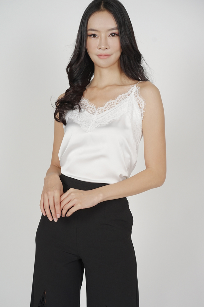 Willow Lace-Trimmed Top in White - Online Exclusive