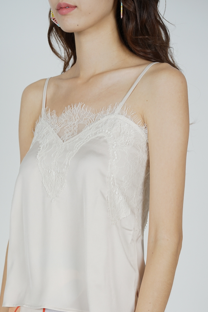 Riwa Lace-Trimmed Top in Cream