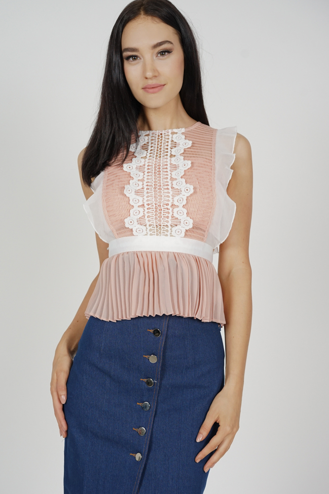 Lestie Pleated Peplum Top in Pink