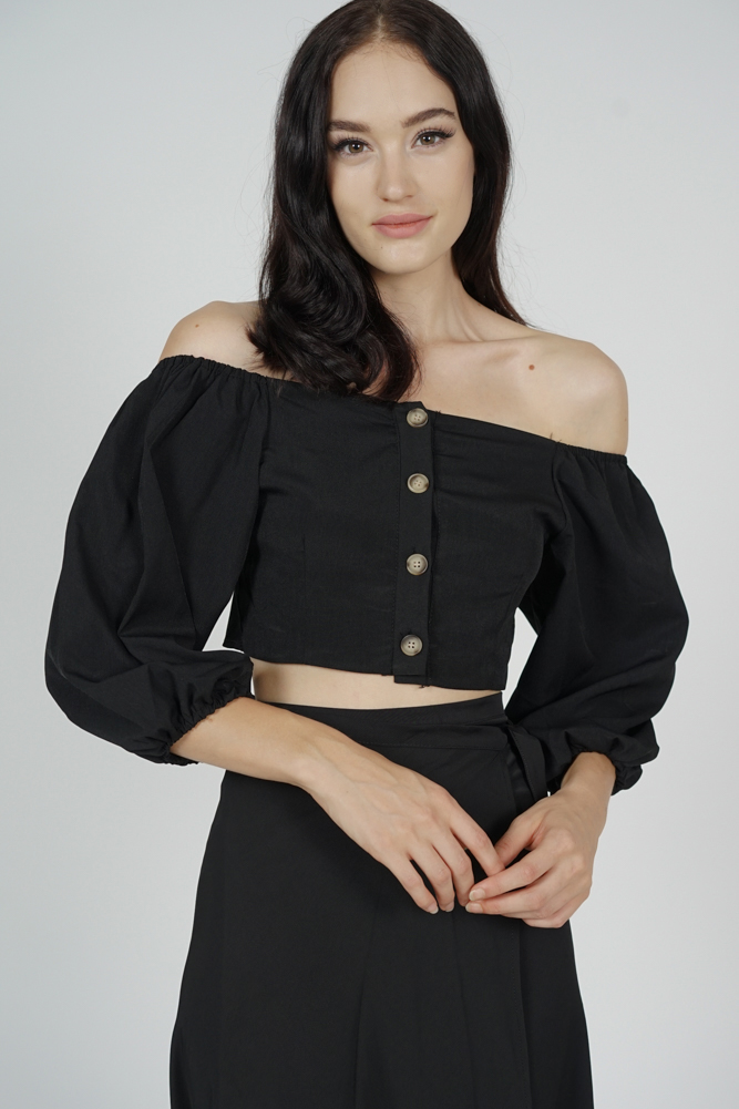 Yora Puffy Top in Black - Online Exclusive