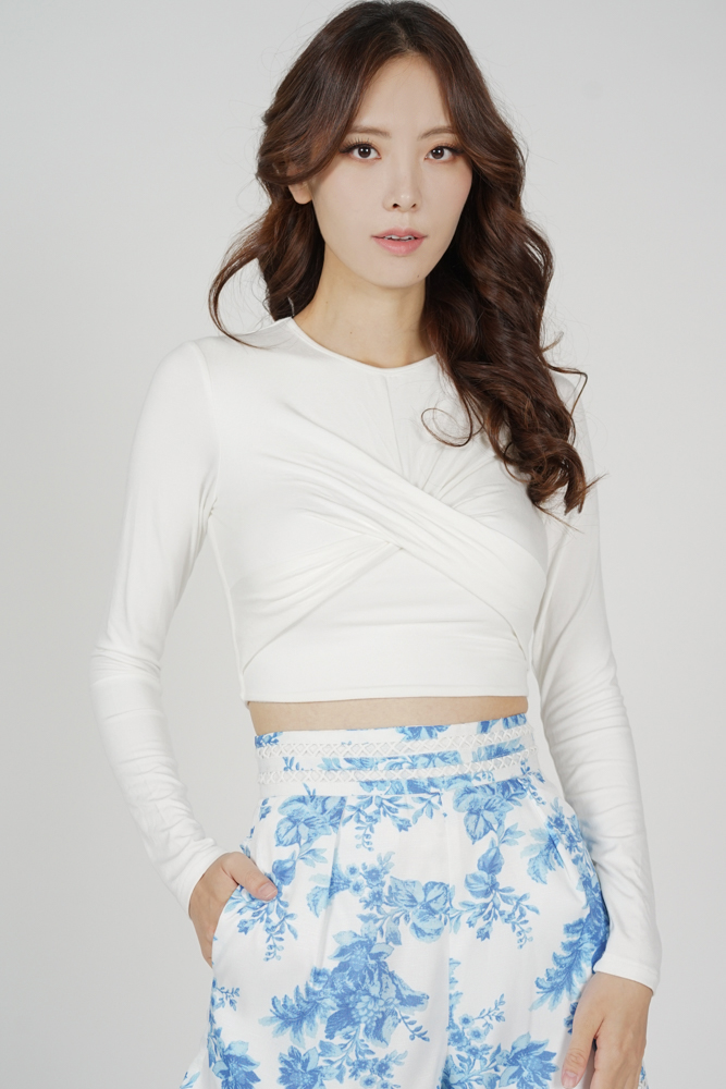 Dolman Front Knotted Top in White