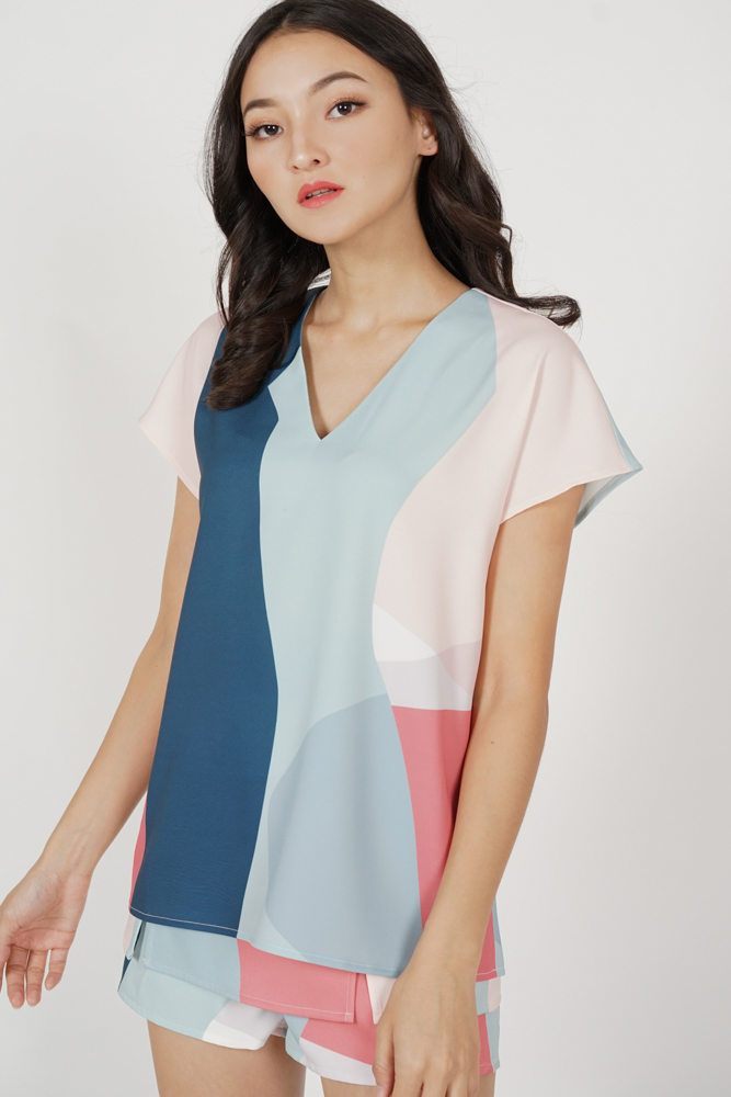 Kazan Geometric Structured Top in Blue