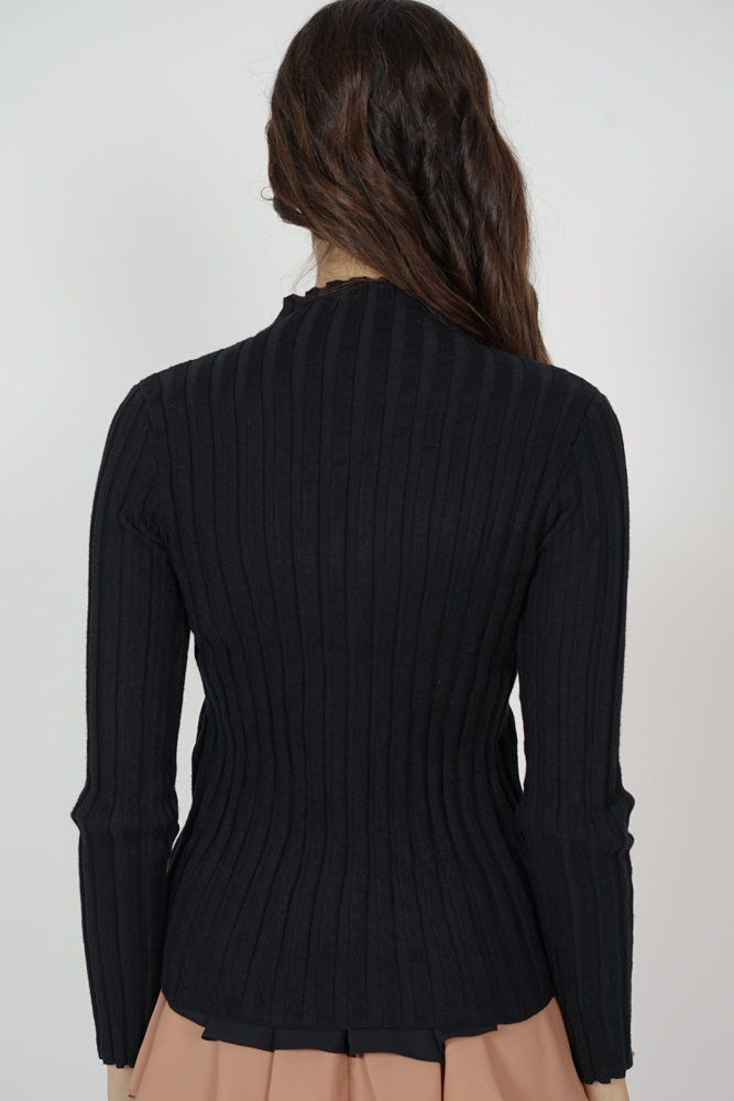 Jomie Sweater in Black