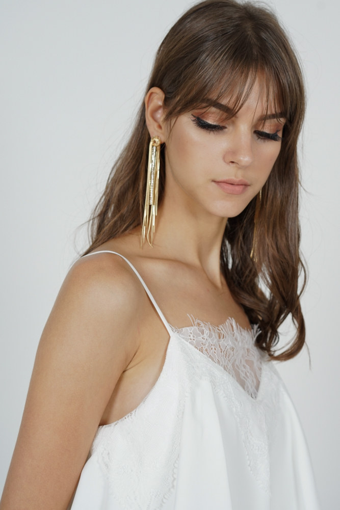 Fontaine Earrings in Gold