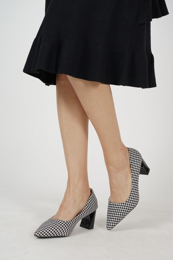 Pointed Pumps in Houndstooth - Arriving Soon
