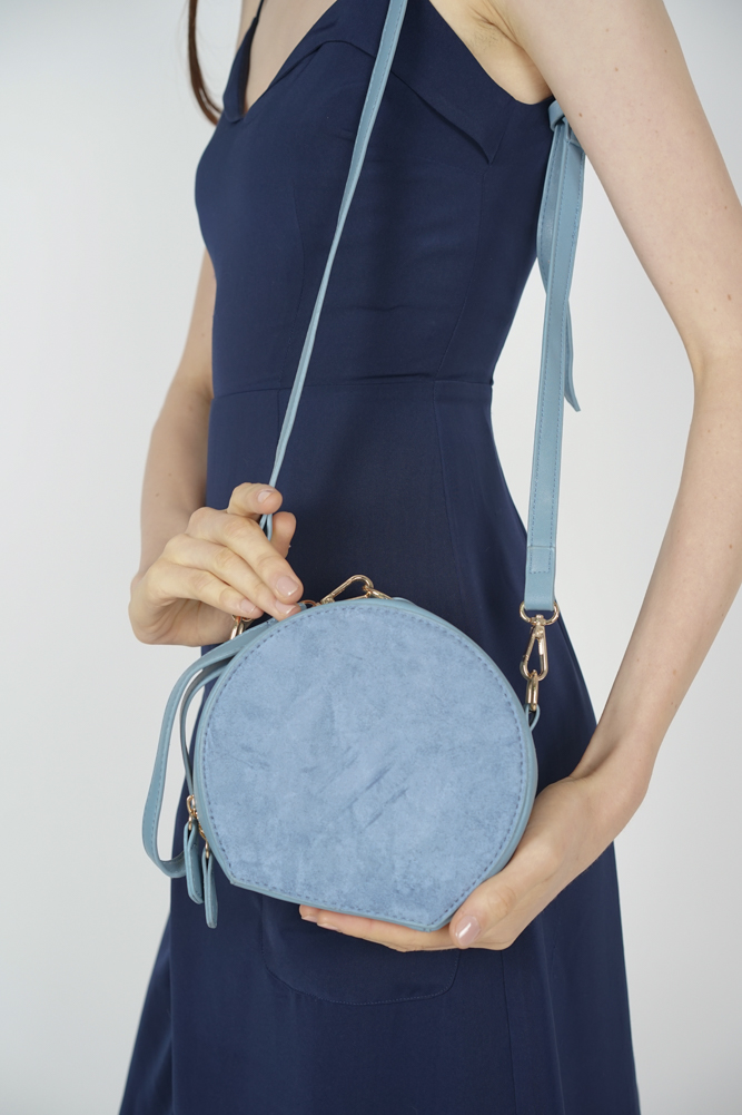 Medallion Bag in Baby Blue