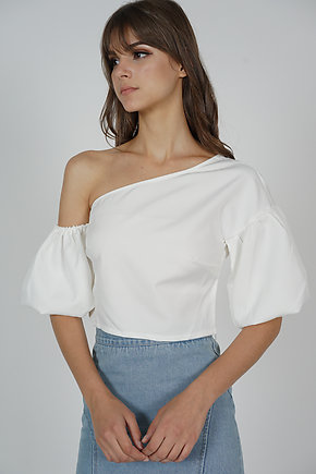 Colette Puffy Top in White - Online Exclusive